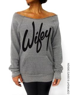 Wifey - Gray Off Shoulder Sweatshirt with Front Pocket Model is 55 125 lbs. wearing an LARGE sweatshirt for a looser fit. Slouchy Sweater, Prom Outfits, Online Shopping For Women, Womens Fashion Online, Sweater Weather, Graphic Sweatshirt, Trending Outfits, My Style, 125 Lbs