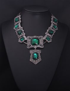 Green stone chunky necklace jewelry new arrival