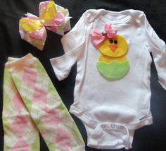 This is the cutest Easter outfit ever! I am probably going to make this!