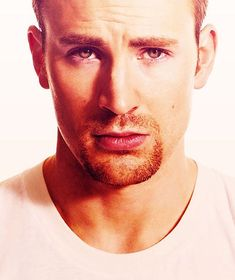 """Chris Evans knows how to give the """"smoulder"""" look... yes!"""