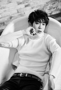 #15 Jaehyun NCT I love this guy cause he is sexy, handsome, has a dreamy voice and speaks English!