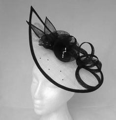 White & Black Lulu Fascinator / Hatinator for Weddings, Mother of the Bride, Royal Ascot, Kentucky Derby