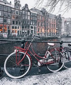 Amsterdam I Amsterdam, Bike Photo, Travel Abroad, My Dream, Places Ive Been, Holland, Places To Visit, Adventure, This Or That Questions