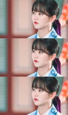 Kim Sohyun, Drama School, Kdrama Actors, Korean Actresses, Me As A Girlfriend, Korean Girl, Girlfriends, Fandoms, Kpop