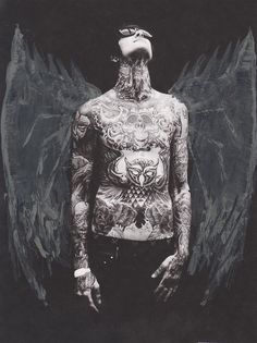 Suicide Silence (Mitch Lucker) God, he is so beautiful.  Rip<3