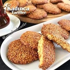 Tahinli Çıtır Tarifi, Nasıl Yapılır How to make Tahini Crispy Recipe the most exquisite? In this article you can read the materials, easy illustrated narrative and detailed preparation of our own Tahinli Crispy Recipe. Tahini, Cookies Et Biscuits, Cake Cookies, Köstliche Desserts, Delicious Desserts, Chops Recipe, Pork Chop Recipes, Turkish Recipes, Bakery