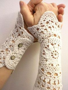 dollie wrists