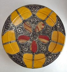 Moroccan-dish-with-silver-detailing