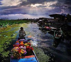 魔術的なほど「魅惑のアジア」早期退職から旅人に転身した写真家、その驚くべきクオリティ - DDN JAPAN