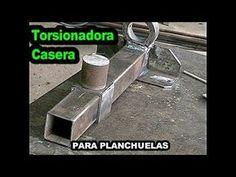 Torsinadora Para Planchuelas (CASERA) Con materiales Reciclados... - YouTube Homemade Tools, Diy Tools, Forging Tools, Metal Bending Tools, Wrought Iron Decor, Grill Design, Survival Tools, Blacksmithing, Metal Working