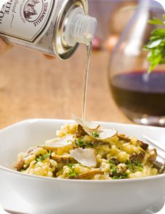 Mushroom Risotto with White Truffle Oil Truffle Pasta, Truffle Oil, Munch Munch, White Truffle, Mushroom Risotto, Thing 1, Finger Food Appetizers, Dinner Is Served