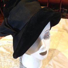 B Altman Antique Handmade Vintage Black Wool Felt Wide Brim Hat - 1920's