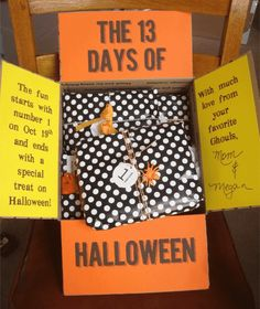 College girls & boys alike LOVE receiving a care package from family. A little bit of thought can go a long way, especially during the holidays. Here are 19 fun & spooky Halloween care package ideas for college students! Halloween Gift Baskets, Holidays Halloween, Spooky Halloween, Halloween Treats, Halloween Stuff, Halloween College, Halloween Supplies, Cheap Halloween, Outdoor Halloween