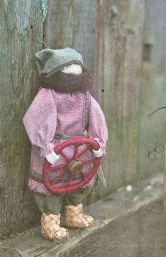 Народные куклы ручной работы. Ярмарка Мастеров - ручная работа Спиридон-Солнцеворот. Обережная кукла.. Handmade.