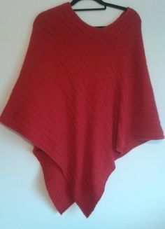 Kup mój przedmiot na #vintedpl http://www.vinted.pl/damska-odziez/bluzy-i-swetry-inne/14939937-czerwone-palto-sweter-welna-angora