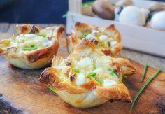 Tortini+di+sfoglia+formaggio+e+funghi+ricetta+veloce