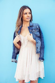 Casual #spring style: Denim jacket + #floral dress! #StreetStyle #GUESS