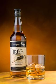 The Danny Boy Whiskey brand was founded ten years ago and the focus since then has been on developing the whiskey. Distilled at the Cooley Distillery. Whiskey Shots, Cigars And Whiskey, Scotch Whiskey, Bourbon Whiskey, Whiskey Bottle, Beer Bottle, Whiskey Girl, Good Whiskey, Irish Whiskey Brands