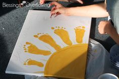 You Are My Sunshine Footprint Art ~ This would be so adorable as a Mother's Day card for Grandma or Father's Day card for Grandpa! Ezra idea great idea to do with the grand kids! Baby Crafts, Cute Crafts, Crafts To Do, Crafts For Kids, Arts And Crafts, Projects For Kids, Craft Projects, Footprint Art, Handprint Art