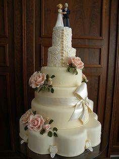 A divine wedding cake
