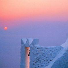 natural_gr #greece #greekislands #sikinos #amazingview #sunset #pink #blue #viewporn http://instagram.com/p/rMzkunIe_d/
