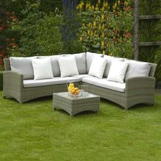 Bramblecrest Cotswold Small Rattan Corner Sofa Set