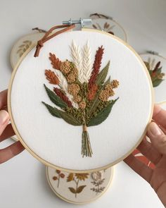 Floral Embroidery Patterns, Hand Embroidery Videos, Embroidery Stitches Tutorial, Creative Embroidery, Simple Embroidery, Hand Embroidery Patterns, Embroidery Techniques, Embroidery Kits, Cross Stitch Patterns