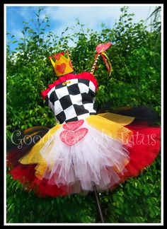 WONDERLAND SWEETHEART Alice in Wonderland by goodygoodytutus, $95.00