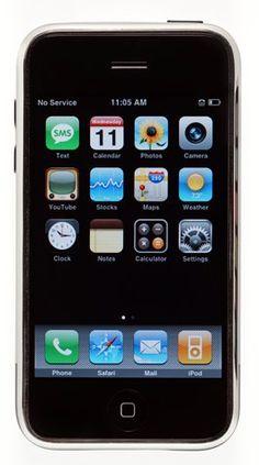 Ontwerper: Steve Jobs Gemaakt: 2007 Materiaal: LCD scherm, Alluminium Bijzonder: je kon er alles mee, internet, bellen, sms'en, etc.