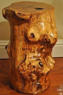 stump table - gorgeous