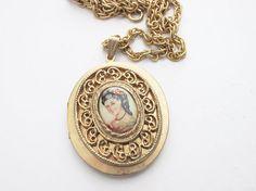 Vintage Locket Necklace Gold Locket Necklace Vintage by tesorilove