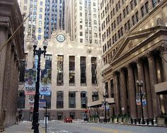 The Chicago Board of Trade building is an art deco masterpiece, and home of many of the city's financial movers and shakers.
