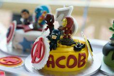 Mini superhero cake 1