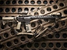 Just finished this build Friday @aero_precision lower @bootlegbuilderinc upper @phase5wsi Rail @fortismfg Brake @insighttechnologies PEQ15 @hexmag @tacticallink Convertible Sling  #molonlabe #guns #2a #2amendment #secondamendment #merica #freedom #sickguns #gunfanatics #pewpew #pewpewlife #igmilitia #gunporn #gunsdaily #weaponsdaily #ar15news #ar15 #sickguns #sickgunsallday #defensemk