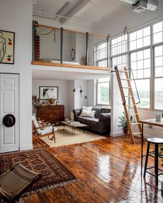 Small Loft Spaces, Small Apartments, Studio Loft Apartments, Open Spaces, Loft Design, Tiny House Design, Small Home Design, Small House Interior Design, Small Room Interior