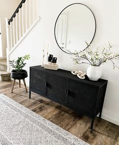 Home Interior Design .Home Interior Design Design Living Room, Living Room Colors, Living Room Sets, Home Living Room, Apartment Living, Modern Living Room Decor, Modern Chic Decor, Black And White Living Room Decor, Modern Vintage Decor