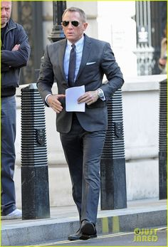 Daniel Craig: 'Skyfall' Set With Judi Dench! - Daniel Craig Photo (30231018) - Fanpop