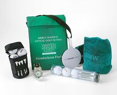 http://www.giftingadviser.com/Title.aspx?Title=8-Golf-Accessories-That-Are-Perfect-for-Holiday-Gift-Giving&id=292