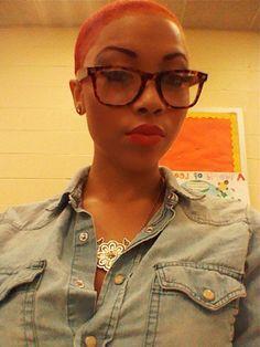 bald black women with glasses - Sök på Google