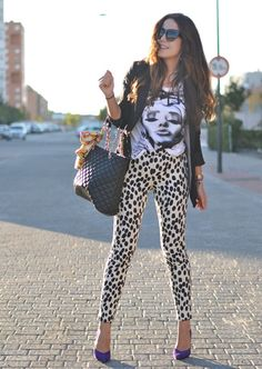 Love the pants but I would choose a different tee