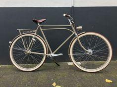 Bij CadeauXperts kunt u terecht voor custom made en retro fietsen. Bijna alles is mogelijk; een jaren 50 gazelle met een belt drive, een Batavus opafiets ombouwen tot pathracer of een elektrische Fongers. U kunt zelf unieke fietsen ontwerpen, maar wij maken ook fietsen in opdracht. http://www.cadeauxperts.nl/product/fiets-custom-made/