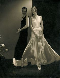Photo by Edward Steichen. - Photo by Edward Steichen - Edward Steichen, Vogue Fashion, Emo Fashion, Fashion Trends, 1950s Fashion, Fashion Vintage, Fashion 2018, Fashion Online, Fashion Tips