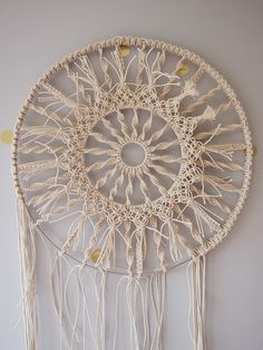 17 Unique Macrame Wall Hangings You Can DIY! This is number Macrame Dream Catcher Wall Hanging Macrame Art, Macrame Projects, Macrame Knots, How To Macrame, Macrame Wall Hangings, Macrame Mirror, Macrame Supplies, Macrame Wall Hanging Diy, Macrame Curtain