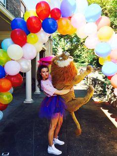 ADPi showing some mascot love for Bid Day.