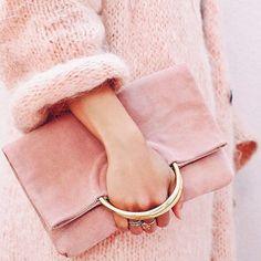 Pure prettiness via @thisisglamorous ㄨ #pink #monday #thisisglamorous