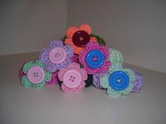 nuvoledilana & fioridicotone: Arriva un bastimento carico di...fermacapelli o braccialetti?