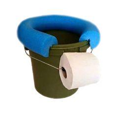 Les WC marins classiques sont coûteux, encombrants, lourds et pénibles à entretenir. On a beau dire, ça ne fonctionne jamais aussi bien qu'à la maison...