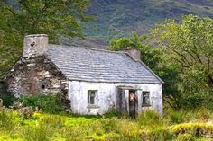 UTV Lesser Spotted Snapper of the Year: The 12 incredible pictures of Northern Ireland that made the 2016 calendar Welsh Cottage, Old Cottage, Cottage Homes, Irish Landscape, Ireland Landscape, Abandoned Buildings, Abandoned Places, Abandoned Property, Ireland Vacation