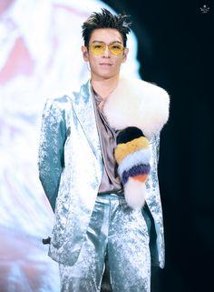170121 TOP - BigBang0.TO.10 The Final in Hong Kong