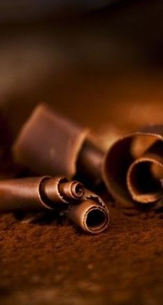 Chocolate Curls #HelloBrown